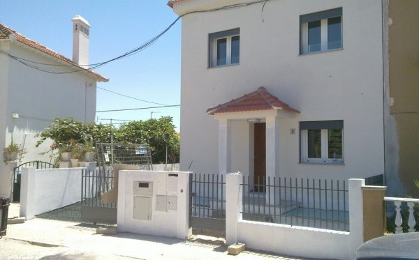 House in Olivais